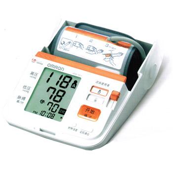 歐姆龍電子血壓計HEM-7071型