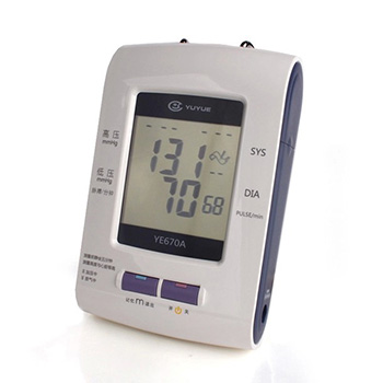 魚躍電子血壓計YE-670A